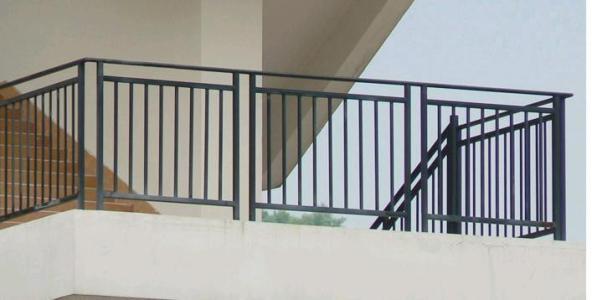 阳台护栏厂家